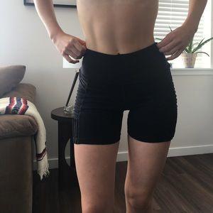 Alo Yoga Biker Length Shorts